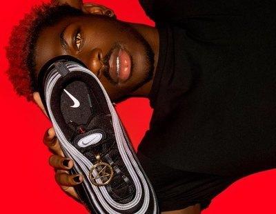 """Nike denuncia las """"zapatillas satánicas"""" de Lil Nas X que contienen sangre humana"""