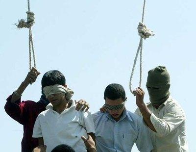 La realidad detrás del bulo: La noticia viral sobre la pareja gay asesinada en Irán