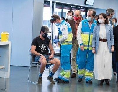 El caos de la vacunación en Madrid: obligada a recorrer 150 km para ir al Zendal