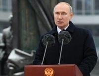"""Putin prohíbe el matrimonio igualitario en la Constitución y establece """"la fe en Dios"""" como valor central del país"""