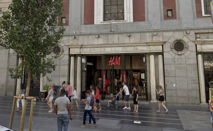 La tienda de H&M en Gran Vía es uno de los locales que ya han bajado la persiana