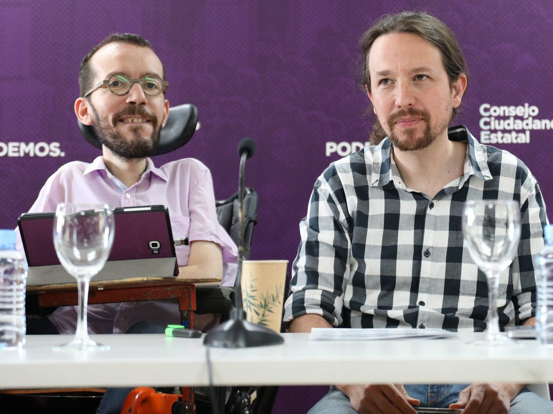 "Pablo Iglesias pide a Echenique que deje Twitter: ""Es un inconsciente desatado"""