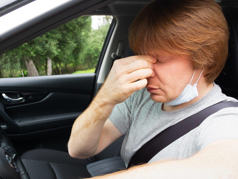 Si tienes alguna de estas enfermedades la DGT podría retirarte el carnet de conducir