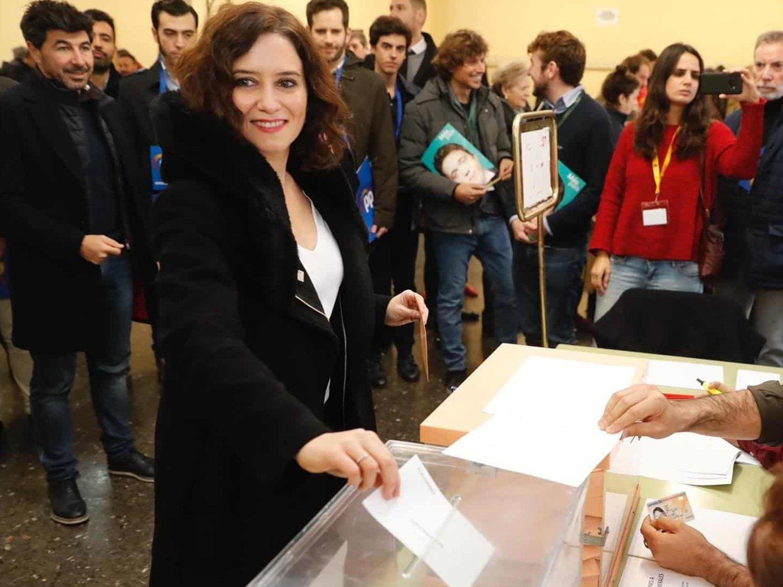El PP ofrece voluntarios para llevar a ancianos de una residencia privada a votar el 4M