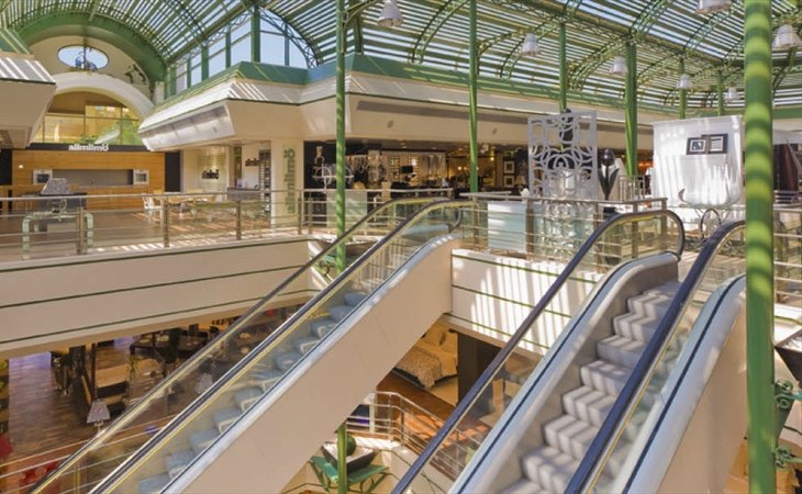 Una empresa escandinava se instalará en el edificio, aunque se mantendrá el supermercado