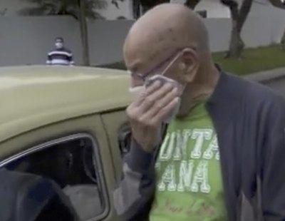Un profesor vende su coche por problemas económicos y sus alumnos lo compran para devolvérselo