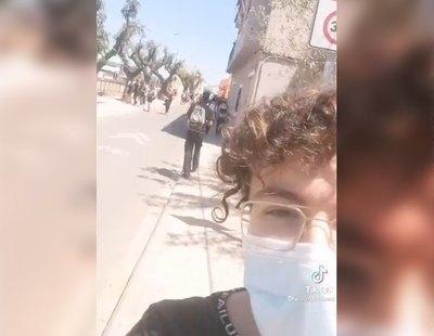 """Un estudiante de Valencia denuncia el acoso diario al salir de su instituto: """"Todos gritándome maricón desde que salí de clase"""""""
