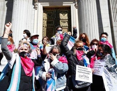 La Ley Trans no saldrá adelante por la abstención del PSOE y la negativa de PP y VOX