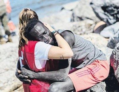 El emotivo reencuentro entre Luna y Abdou, los protagonistas del abrazo en Ceuta