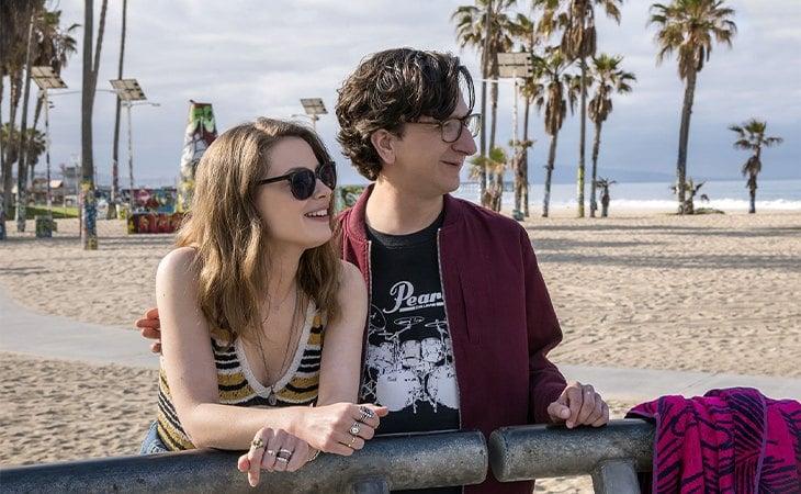 Gillian Jacobs y Paul Rust en 'Love'