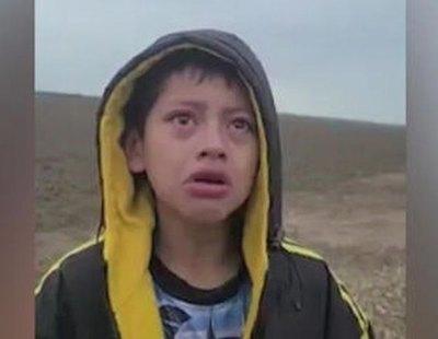 El niño abandonado en la frontera de EEUU por fin se reencuentra con su madre