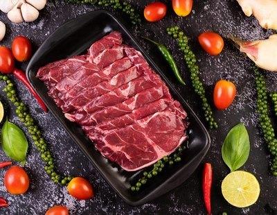 Alerta alimentaria: retiran estos lotes de carne de los supermercados y piden evitar su consumo
