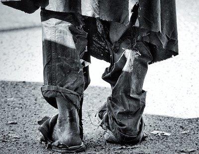 Varios individuos golpean y roban sus pertenencias a un hombre sin hogar en Las Palmas