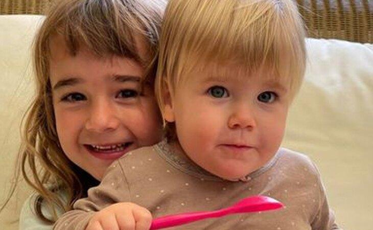 Las pequeñas Olivia y Anna
