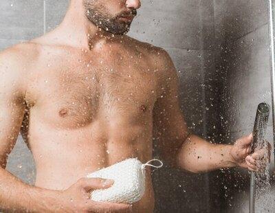 El 20% de los hombres se lava los genitales solo dos veces a la semana, según un estudio