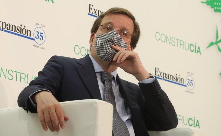 Almeida ha cerrado varias asociaciones vecinales durante la pandemia