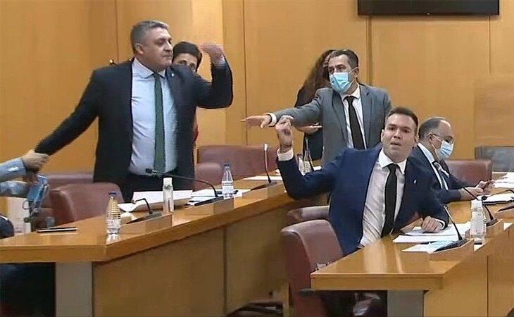 VOX y los diputados musulmanes acumulan peleas en la Asamblea de Ceuta que llegan as los tribunales