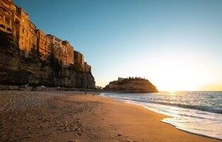 La región italiana de Calabria paga 1.000 euros al mes solo por vivir en estas localidades de ensueño