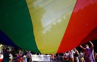 La UE inicia acciones legales contra Hungría y Polonia por violar los derechos de las personas LGTBI
