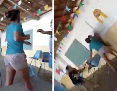 Se encuentra a su pareja mientras acompañaba a su amante a vacunarse y desatan una brutal pelea