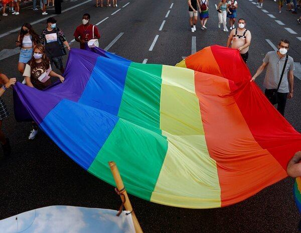 """Agresión homófoba en Sanlúcar de Barrameda: acosan y amenazan entre cuatro a un joven al grito de """"maricón"""""""