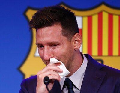 Subastan por un millón de dólares el pañuelo con lágrimas de Messi de su despedida del Barça
