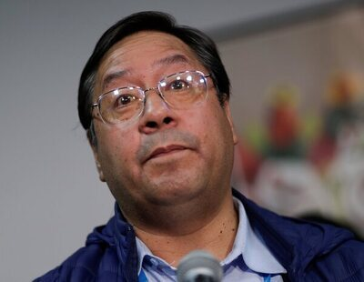 """El presidente de Bolivia desmiente un bulo sobre la vacuna: """"No te convierte en hombre lobo"""""""