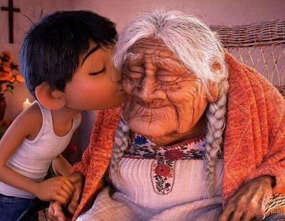 La abuela que inspiró a Mamá Coco cumple 108 años y lo celebra con una tarta muy especial