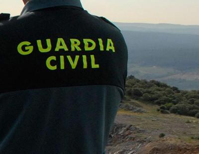 Ser mujer y Guardia Civil en España implica no tener un chaleco antibalas adaptado