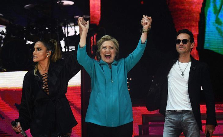 Hillary Clinton, apoyada por Jennifer Lopez y Marc Anthony