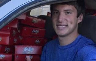 Le roban un Kit-Kat y la marca le regala 6.500 en compensación