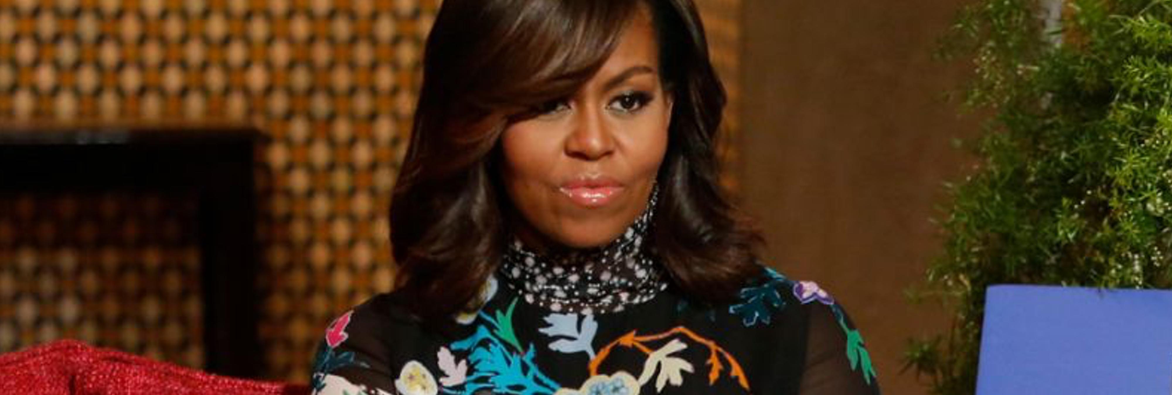 """Una funcionaria de EEUU es despedida por llamar a Michelle Obama """"simio en tacones"""""""