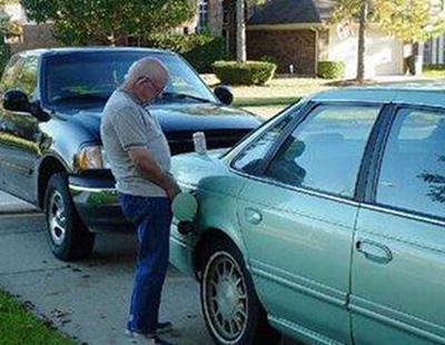 La orina podría ser la nueva gasolina, según un científico mexicano
