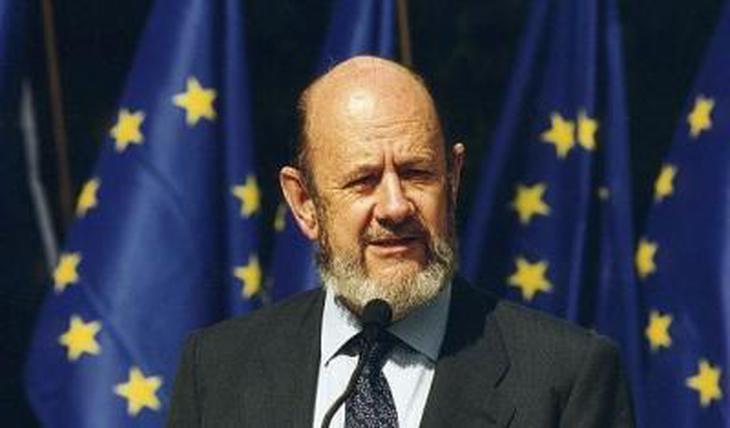 Gil Robles, de fascista al Parlamento Europeo por el PP