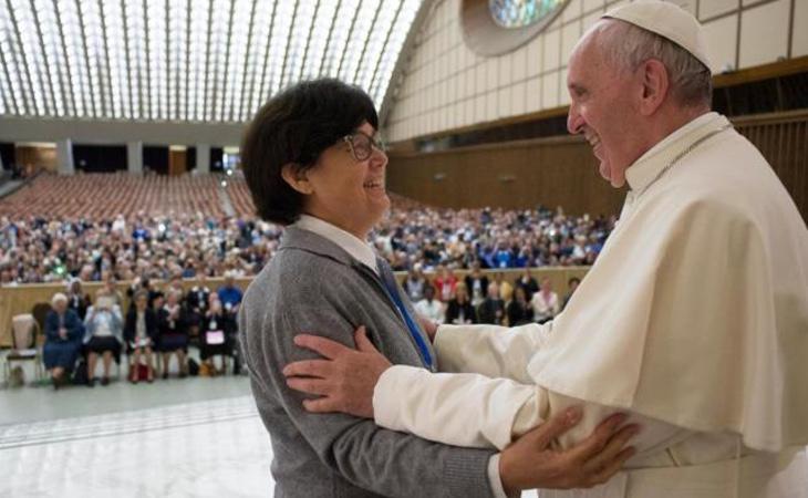 Las mujeres sacerdote tendrán que esperar