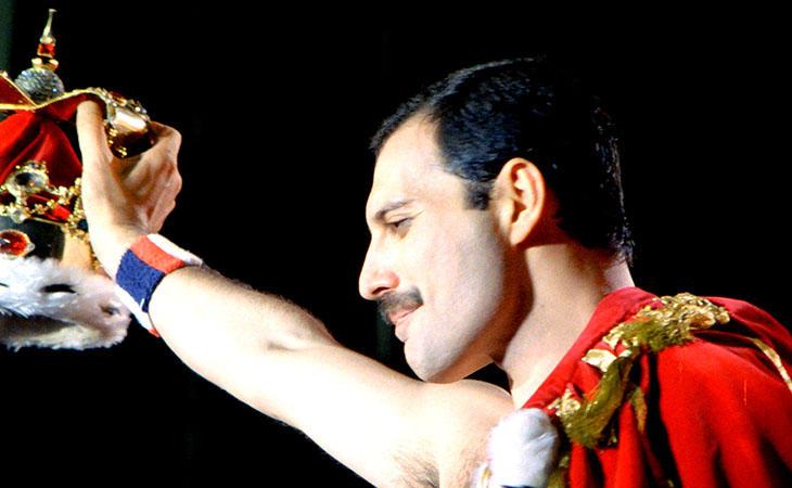 Freddie Mercury murió a los cuarenta y cinco años