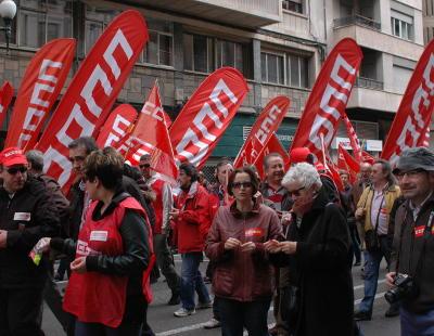 CCOO y UGT convocan manifestaciones contra el Gobierno: Rajoy arranca con enfrentamiento