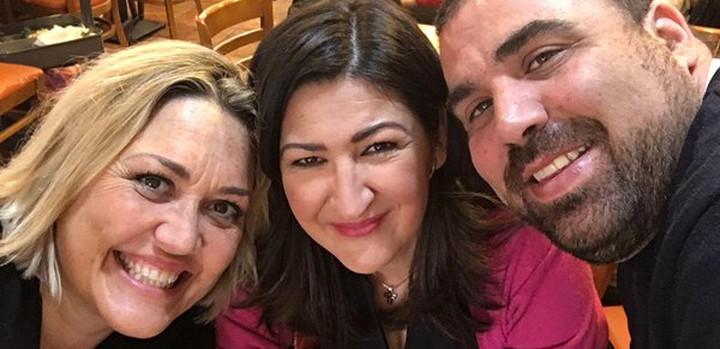 Cruz Morcillo junto a sus compañeros Mayka Navarro y Dani Montero