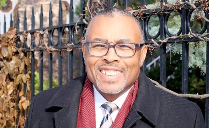 Howard Brookins se ha convertido en un símbolo de la lucha contra las ardillas