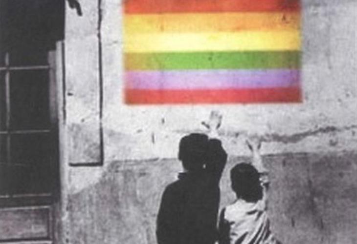 Imagen de los panfletos homófobos de Hazte Oír