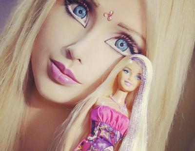 Valeria Lukyanova, la Barbie humana, se muestra por primera vez sin maquillaje