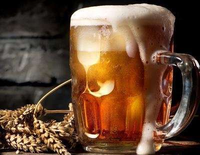 Un estudio confirma que la cerveza puede ayudar a frenar el alzhéimer