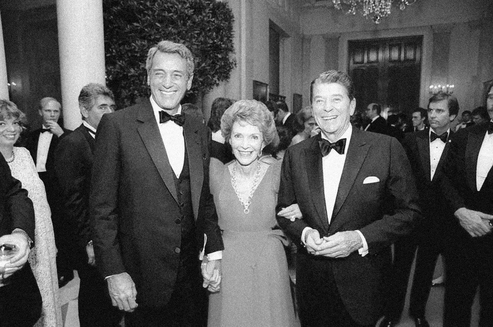 Ronald Reagan tardó 7 años en hablar del SIDA