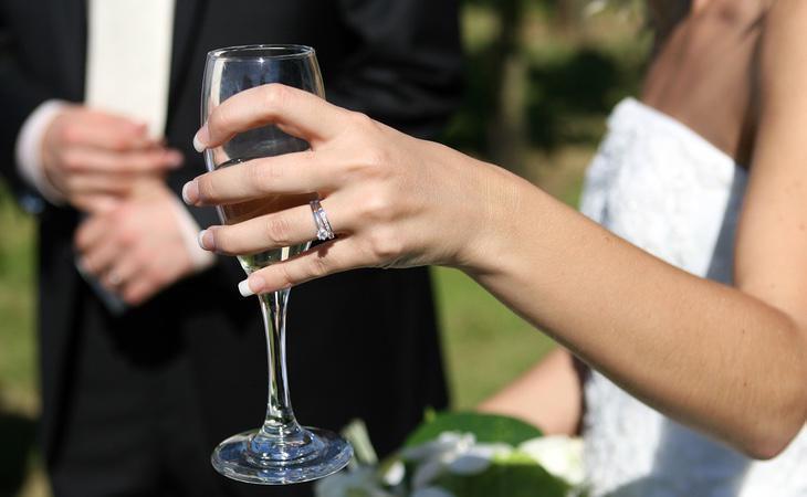Las personas con discapacidad sensorial necesitarán permiso médico para casarse