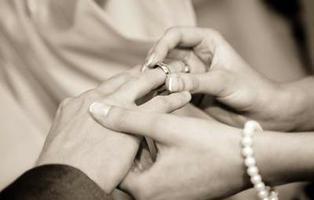 Los ciegos y los sordos no podrán casarse sin autorización médica