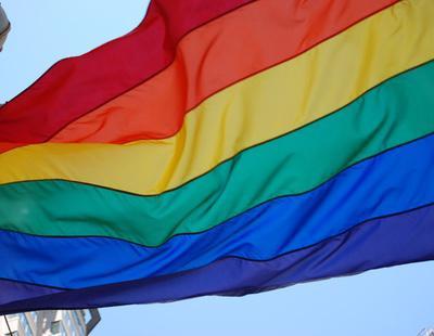 El PSOE defiende en el Congreso un modelo de atención a transexuales  mientras lo retira en las CCAA que gobierna