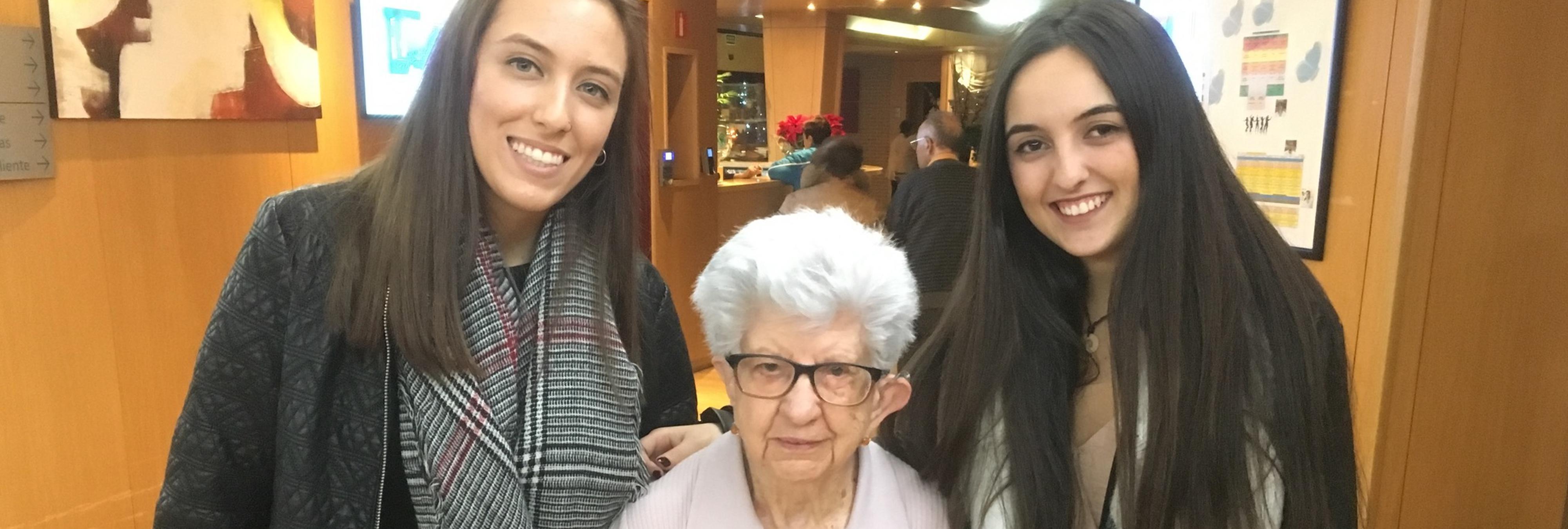 'Adopta un abuelo' la nueva iniciativa para combatir la soledad de nuestros mayores