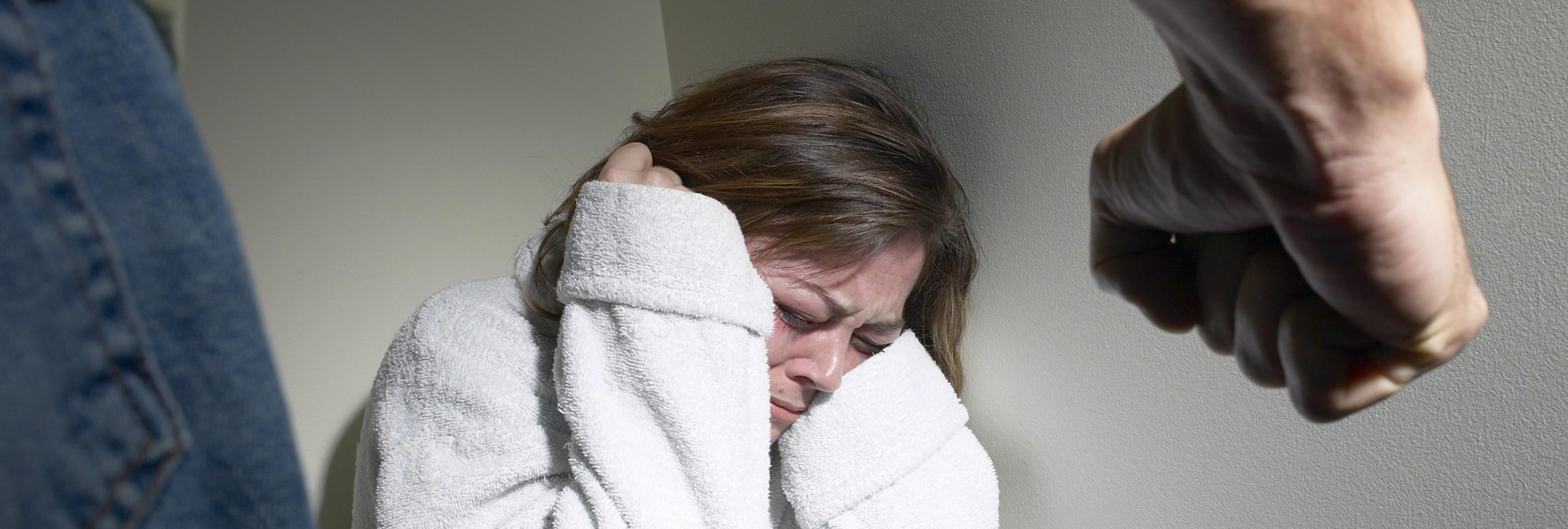 Un Juez del Tribunal Supremo cree que la violencia de género no es causada por el machismo