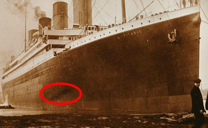 Manchas negras en el Titanic a causa del incendio