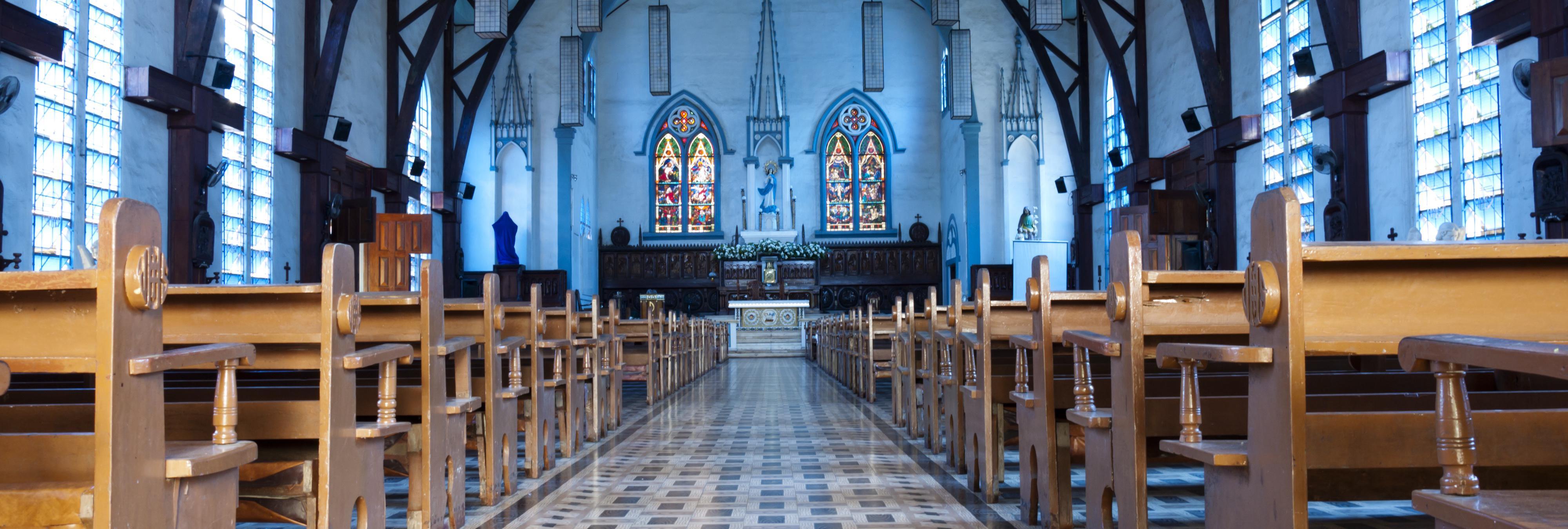 Un sacerdote católico acusado de proxenetismo y de organizar orgías en la iglesia
